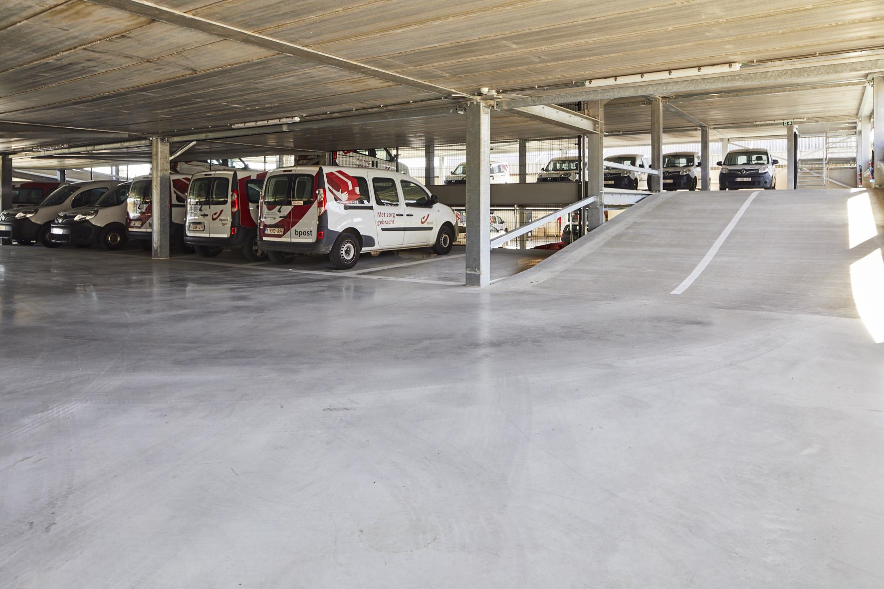 trisinvest-lummen-parking