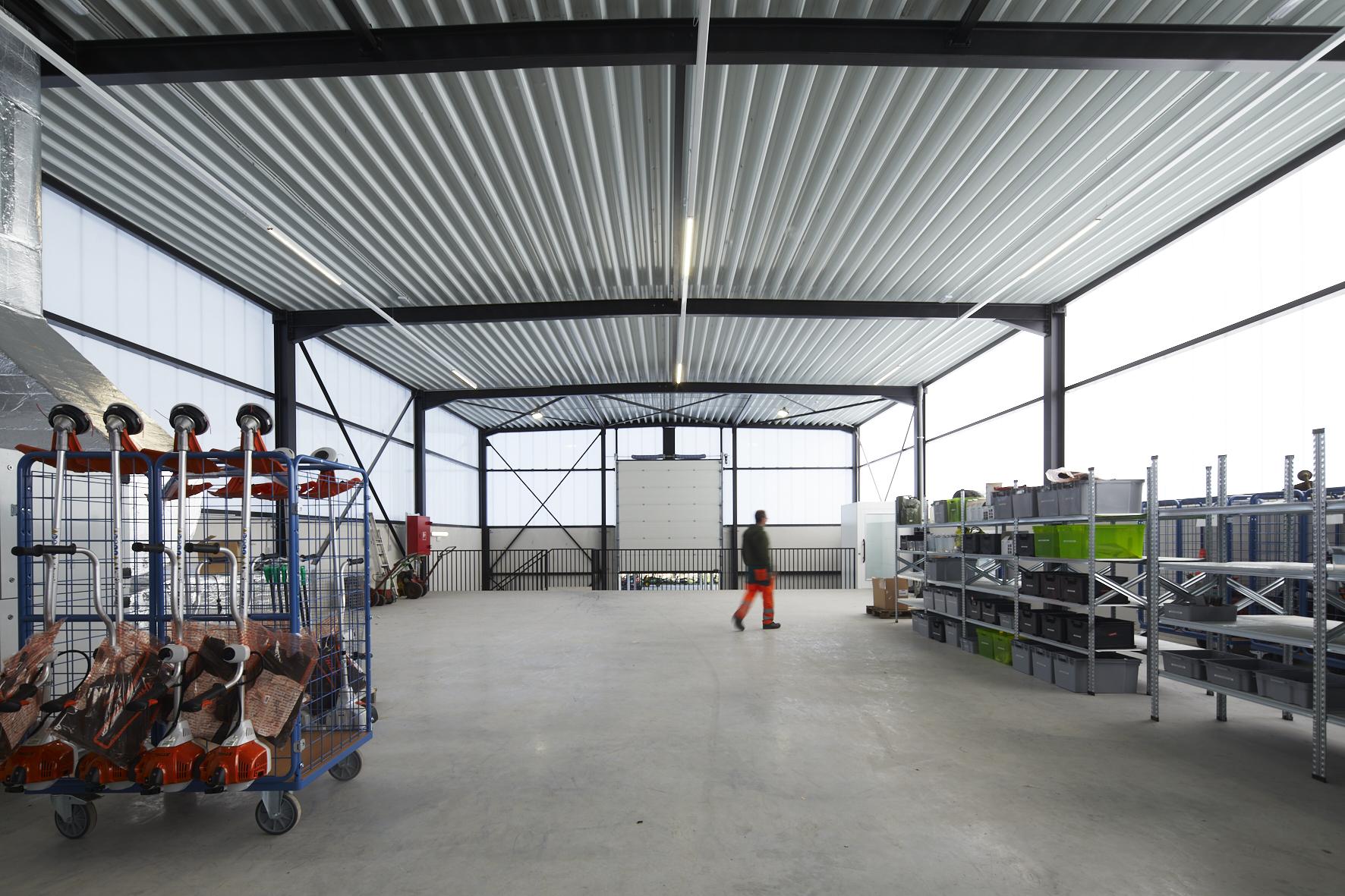 aralea magazijn